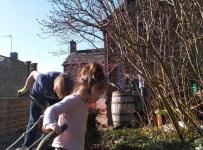 Jessie_Gardening_with_Grandma_03