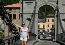 Penny on the chain bridge