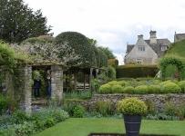 Westwell-Manor
