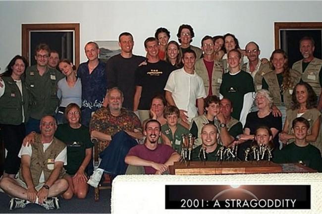 2001-a-straggodity-01