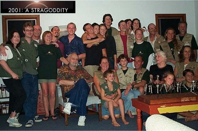 2001-a-straggodity-02